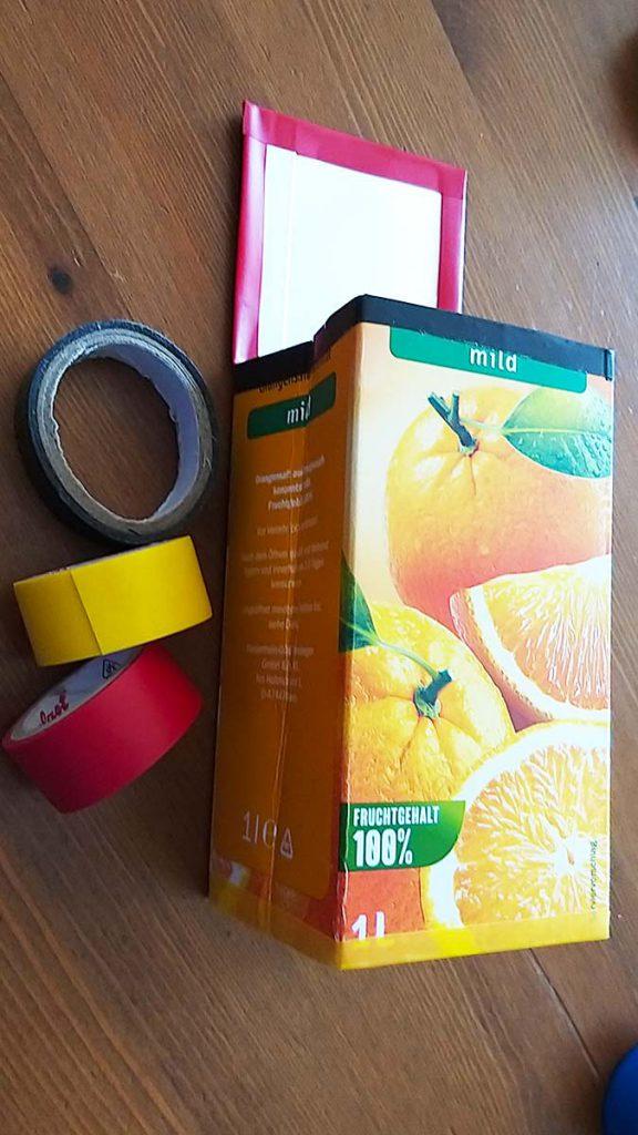Bastelanleitung Tetrapackportmonee: Isolierband aufkleben
