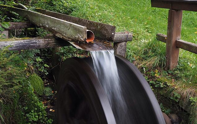 Wasserkraft bringt Energie